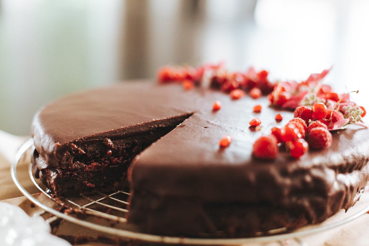 Red currant and raspberry chocolate torte