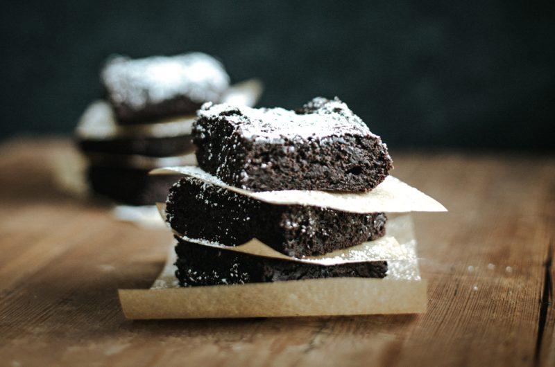 Brownie sans oeufs, sans gluten, sans beurre / Gluten-free, egg-free, dairy-free Brownie