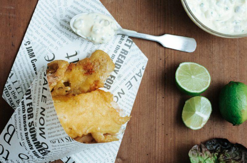 Poisson frit et sauce tartare / Fried fish and tartar sauce